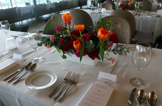 Event Table Arrangement Flower Decorations 3.